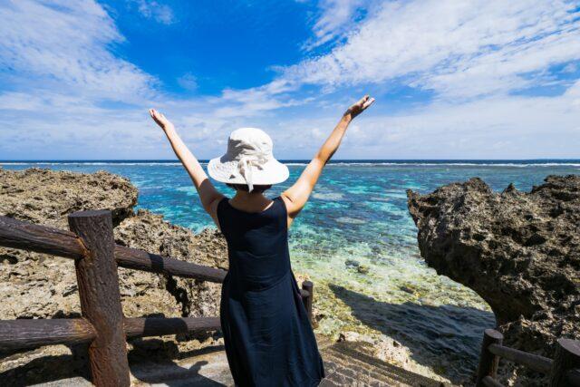 沖縄移住 費用はいくら?一人暮らしの場合お金はどれだけ必要?